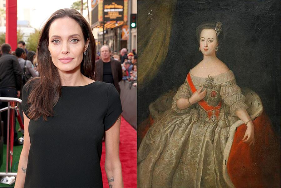 Анджелина Джоли в роли Екатерины Второй