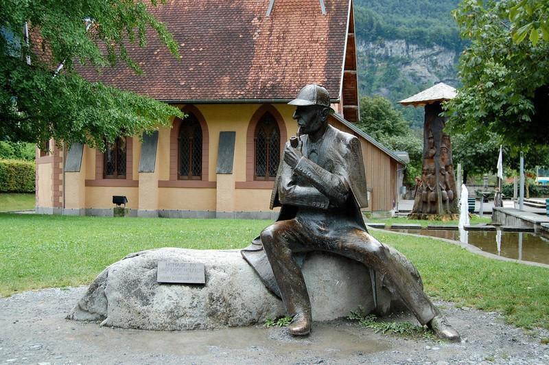 60 Памятник Шерлоку Холмсу в Мейрингене (Швейцария)