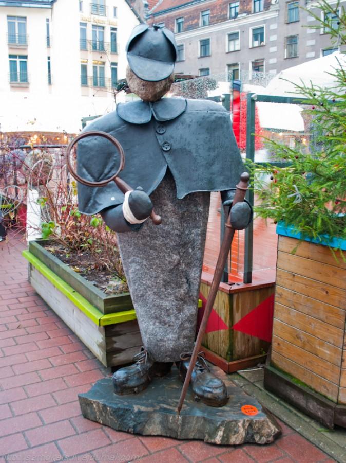 60 памятник шерлоку холмсу в Риге