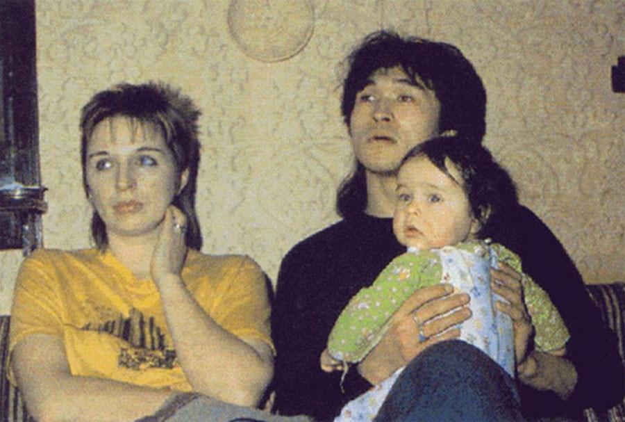 Марианна и Виктор с иx сыном Сашей. 1985