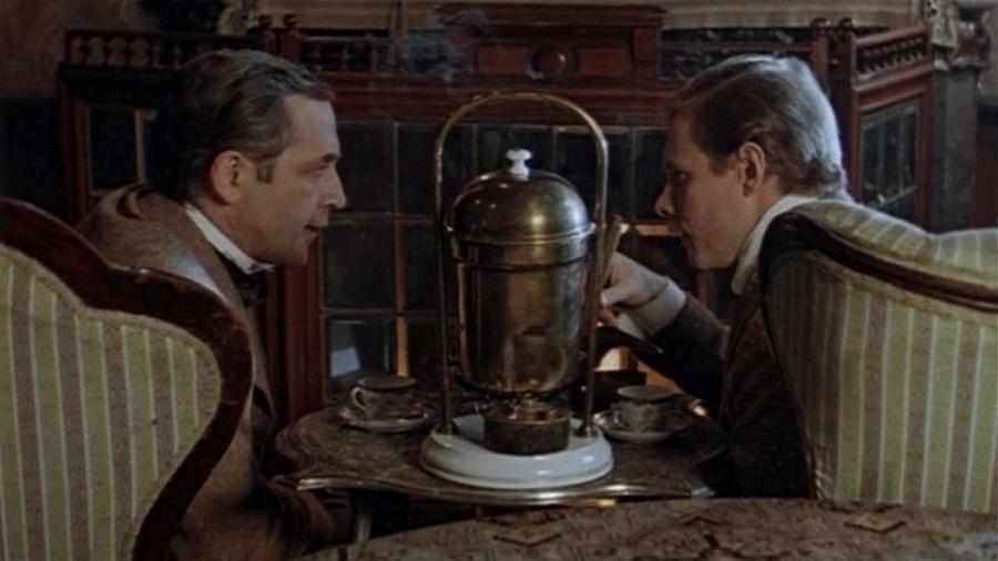 Шерлок Холмс и доктор Ватсон Кровавая надпись
