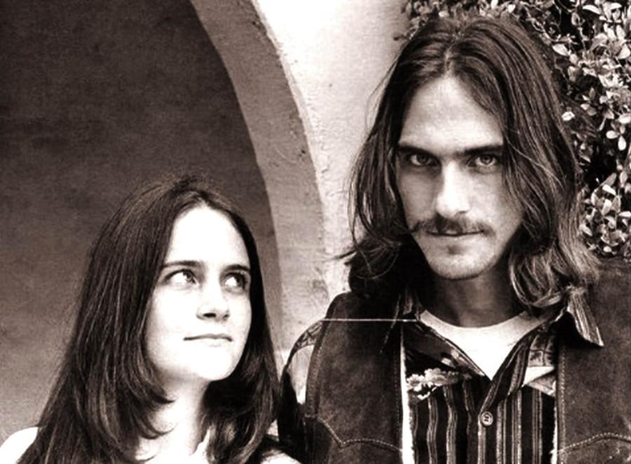 325 Джеймс и сестра Кейт Тейлор, 1968