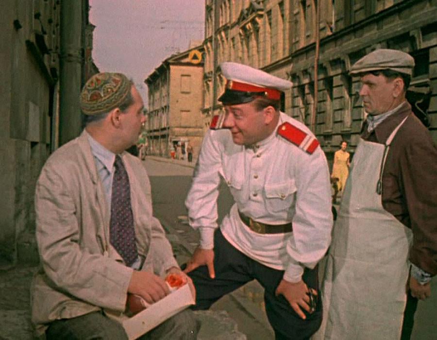 Посмотреть добрый советский фильм