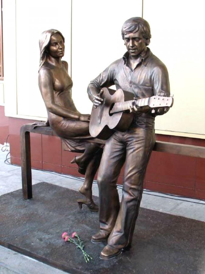 87 Памятник Владимиру Высоцкому и Марине Влади в Екатеринбурге