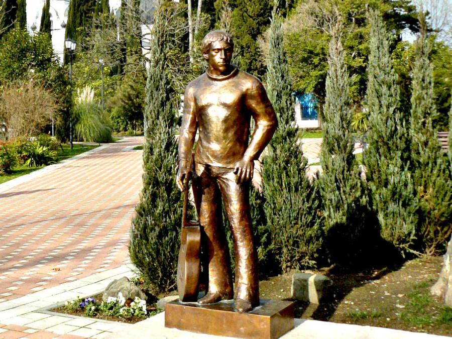 93 Памятник Владимиру Высоцкому в Сочи