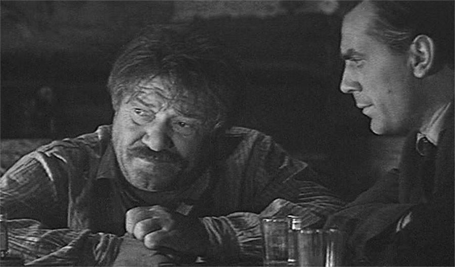 Лучшие фильмы советского кино. 1966 год фильмы, советского, годЛучшие, зрителей, фильм, Лучшие, место, тонкому, итогам, фильма, экраны, Война, комедии, Никто, утром, фильмов, хотел, умирать, вернёмся, Женщины