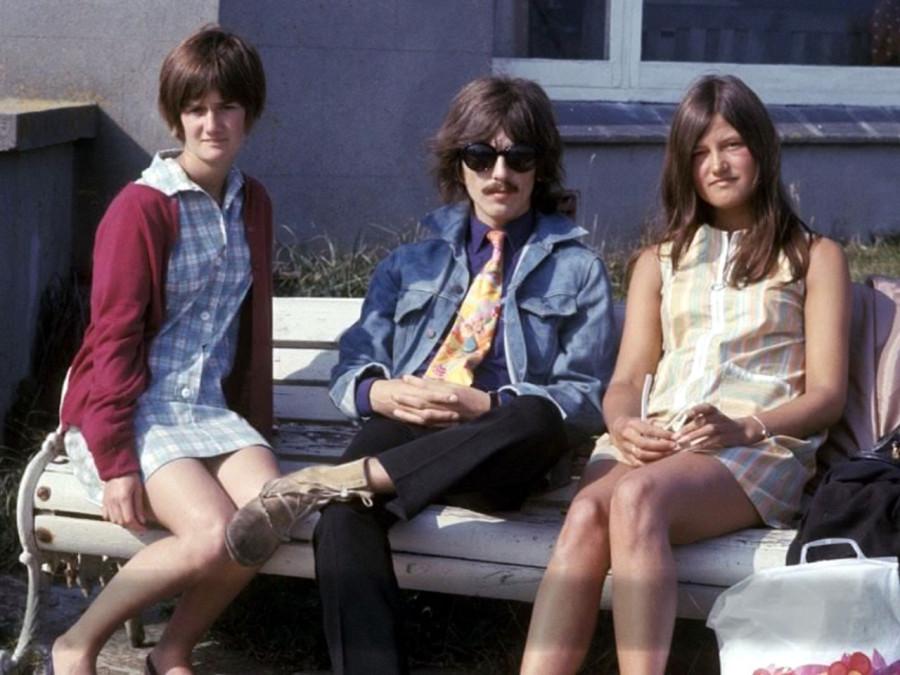409 George Harrison & fans - 1967-68
