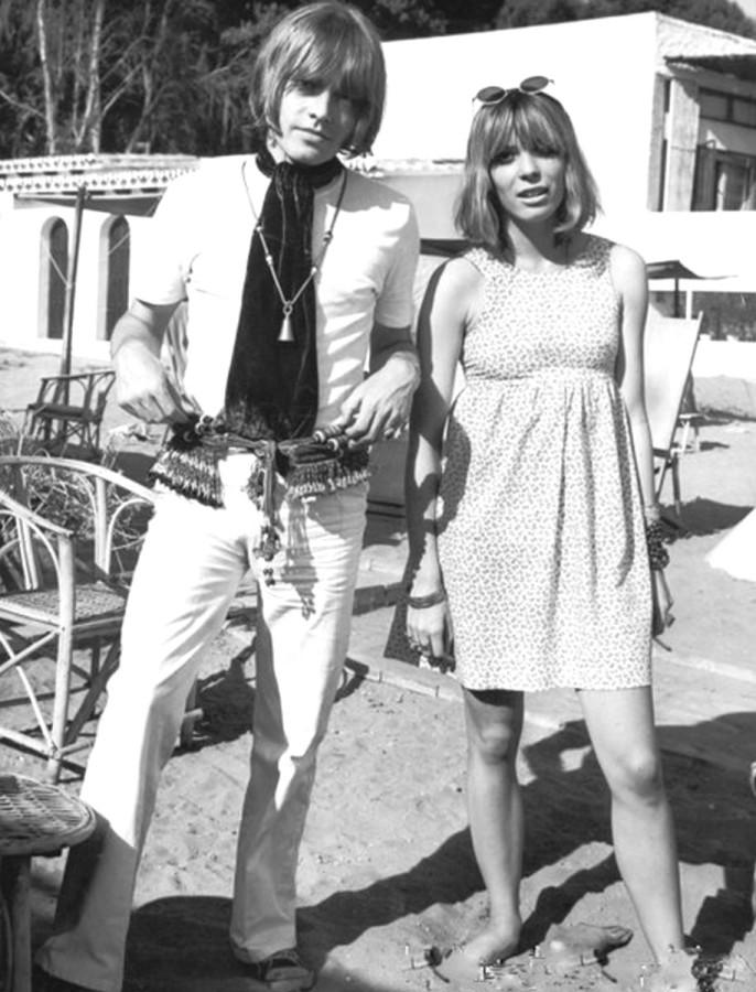 422 Brian Jones & Suki Poitier, 1967