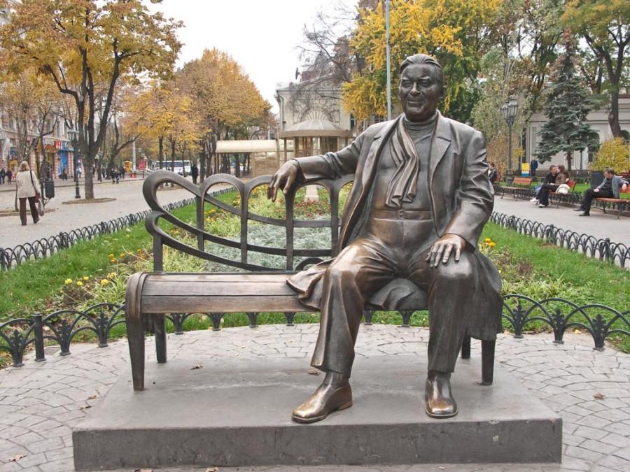121 памятник Леониду Утёсову в Одессе