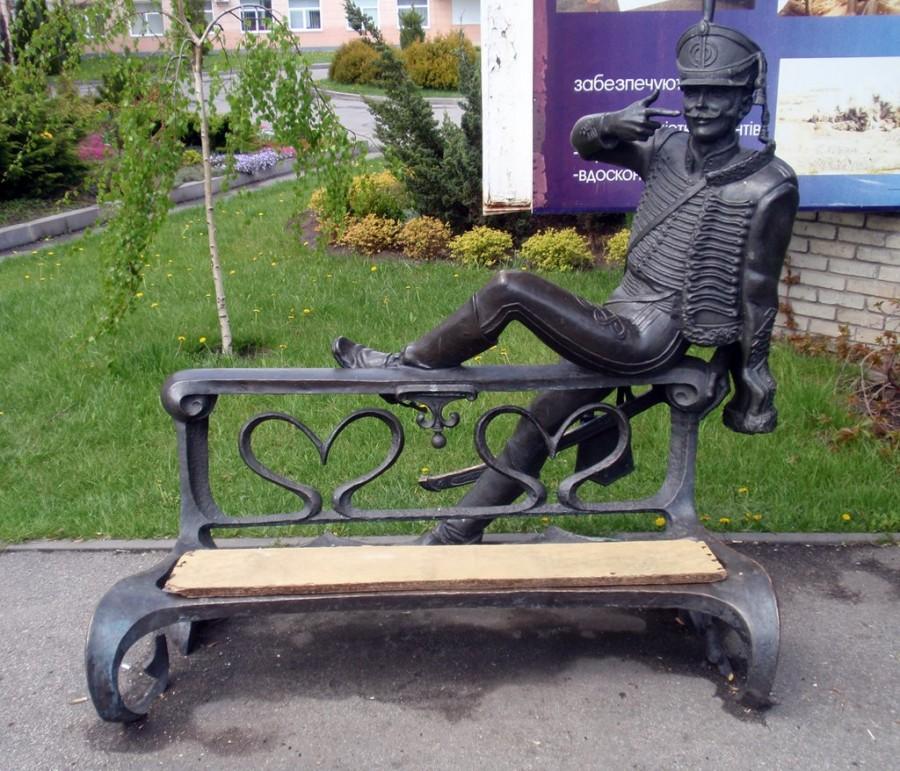 124 Памятник поручику Ржевскому в Павлограде