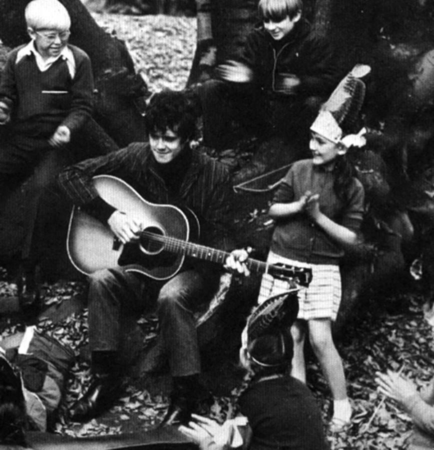 443 Донован поет для детей, 1965