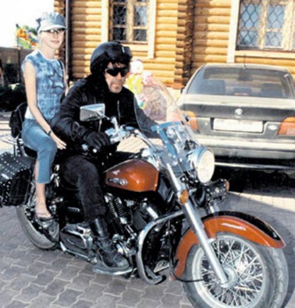 004 Владимир Кузьмин и его жена Катя Трофимова