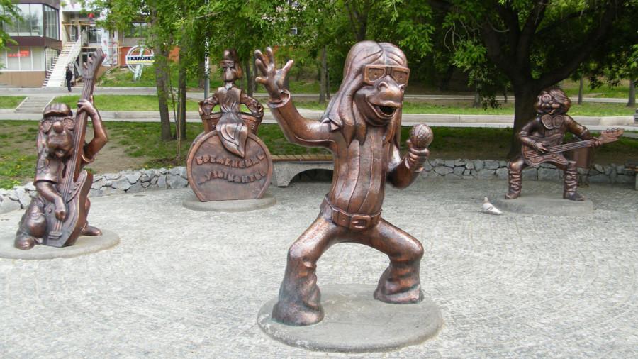 209 памятник бременским музыкантам (Хабаровск, Россия)
