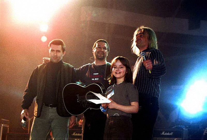 027 Вячеслав Бутусов, Юрий Шевчук, Константин Кинчев и Вера Панфилова, 2001 год.jpg