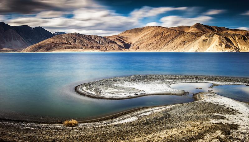 Ладакх и озеро Пангонг.jpg