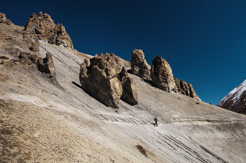 Путь в базовый лагерь озера Тиличо. Непал.jpg