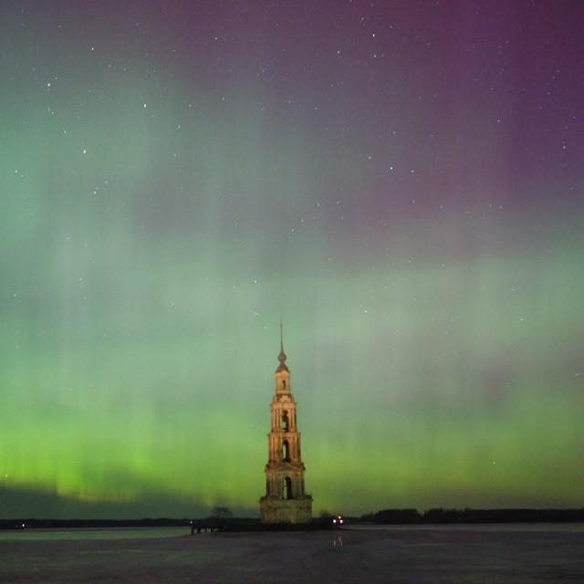 Северное сияние над Калязином (к сожалению не знаю кто автор фото).jpg