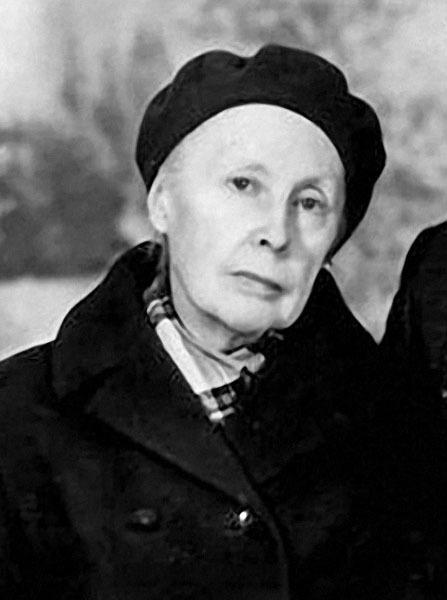 Мать Вячеслава Тихонова Валентина Вячеславовна.jpg