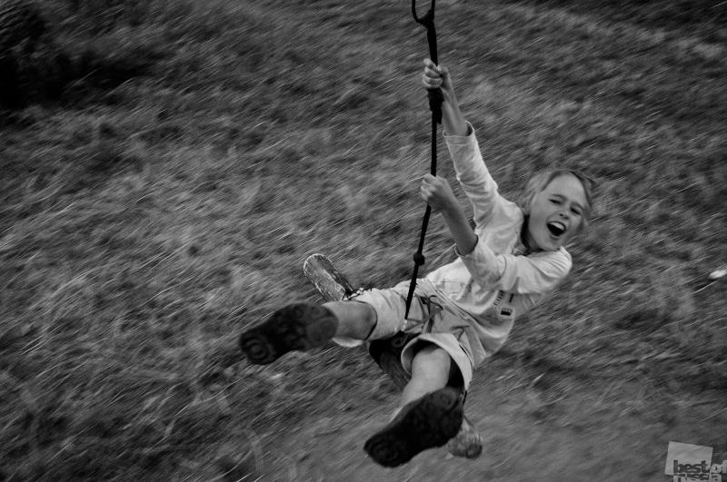 Детство. Орлята учатся летать! Автор Александр Гололобов.jpg