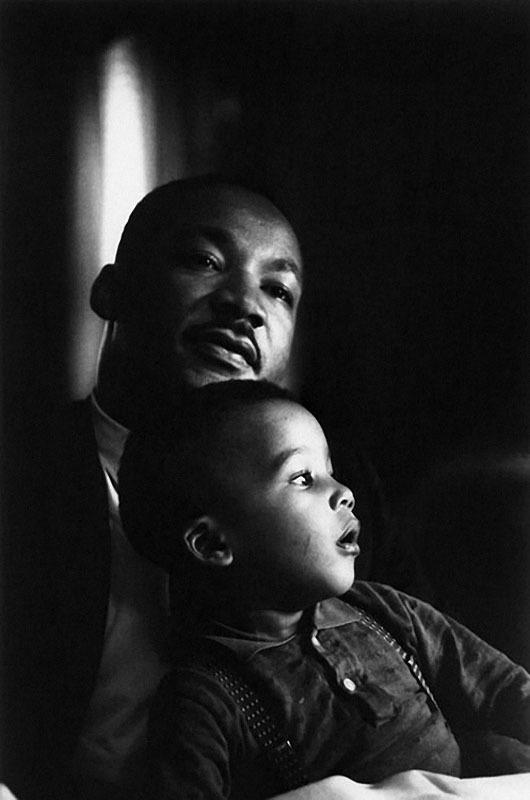 1212 Мартин Лютер Кинг с сыном.jpg