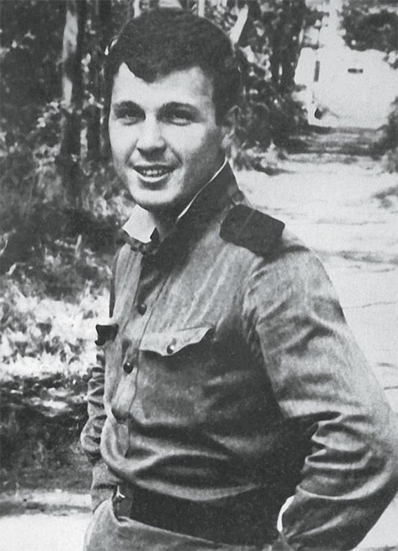 Лев Лещенко.jpg