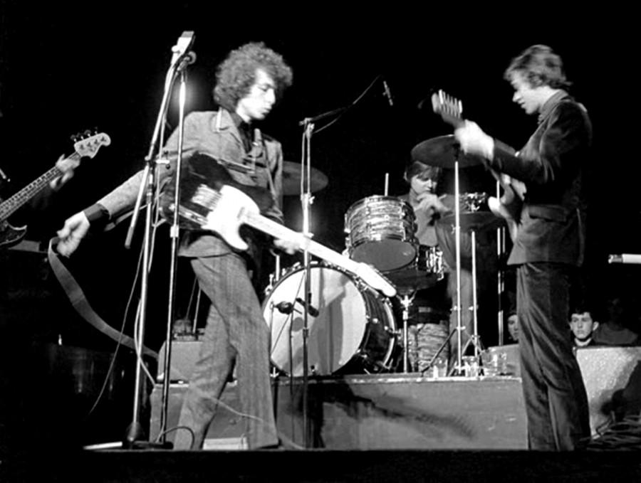 404 Боб Дилан на концерте, 1965