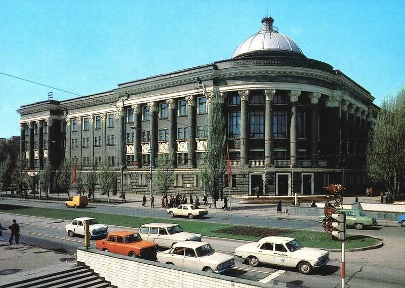 Библиотека имени   Крупской.jpg