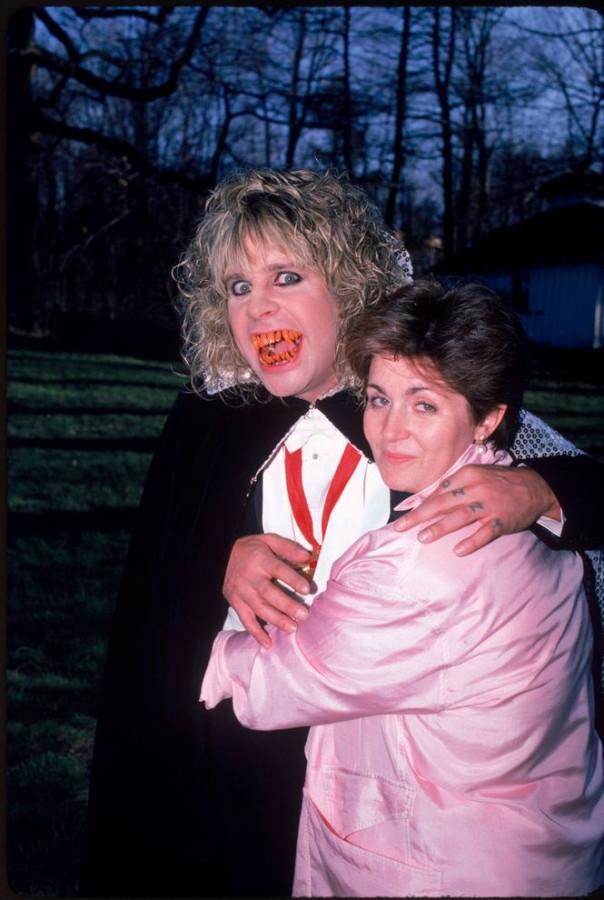 422 Оззи и Шэрон Осборн на Хэллоуин в 1986 году
