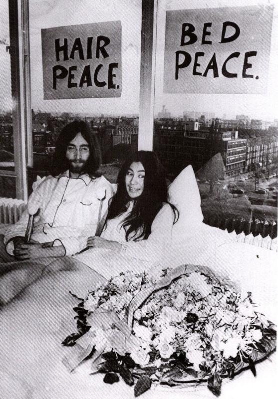572 John & Yoko - Bed Peace in Toronto - 1969.jpg