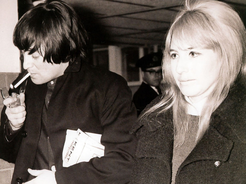576 Джон, Синтия - 1965.jpg