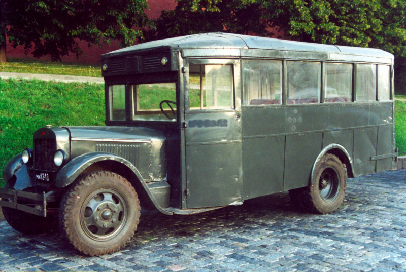 Автобус ЗИС-6 (1935), СССР.jpg