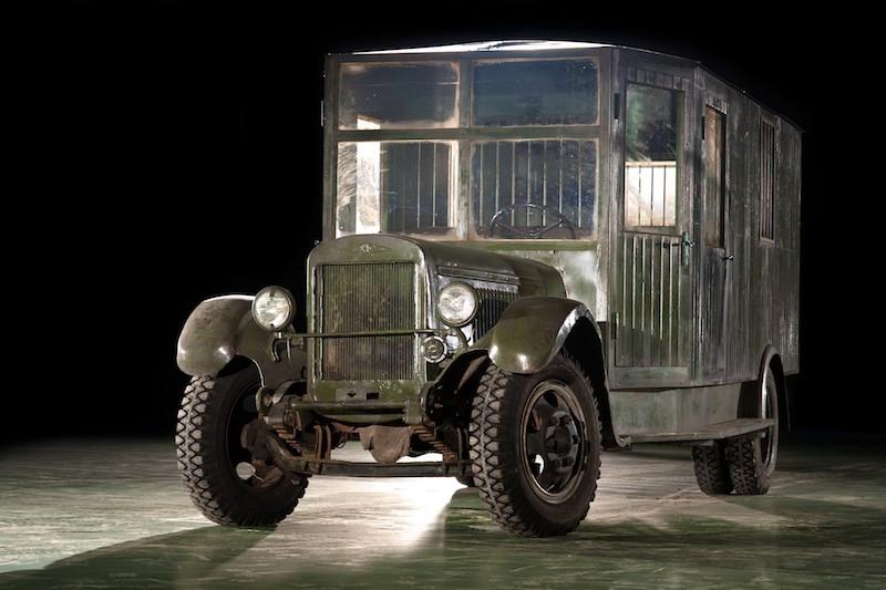 Штабной автобус на базе ЗИС-5В (1942-1946).jpg
