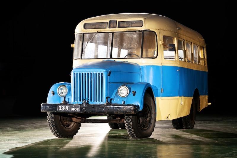 Автобус ПАЗ-651 (1949-1973).jpg