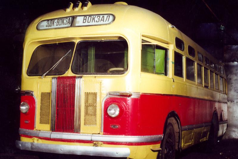 Автобус ЗИС-155 (1950), СССР.jpg