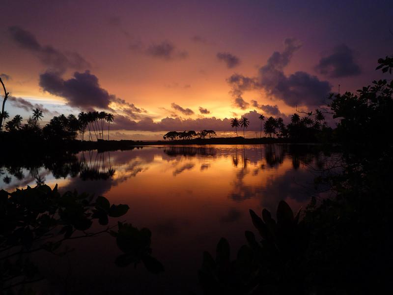 Закат, Шри-Ланка. (Oswald Fernando)