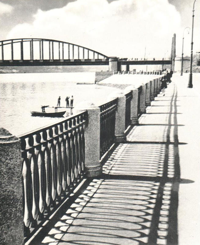 072 У Володарского моста.jpg