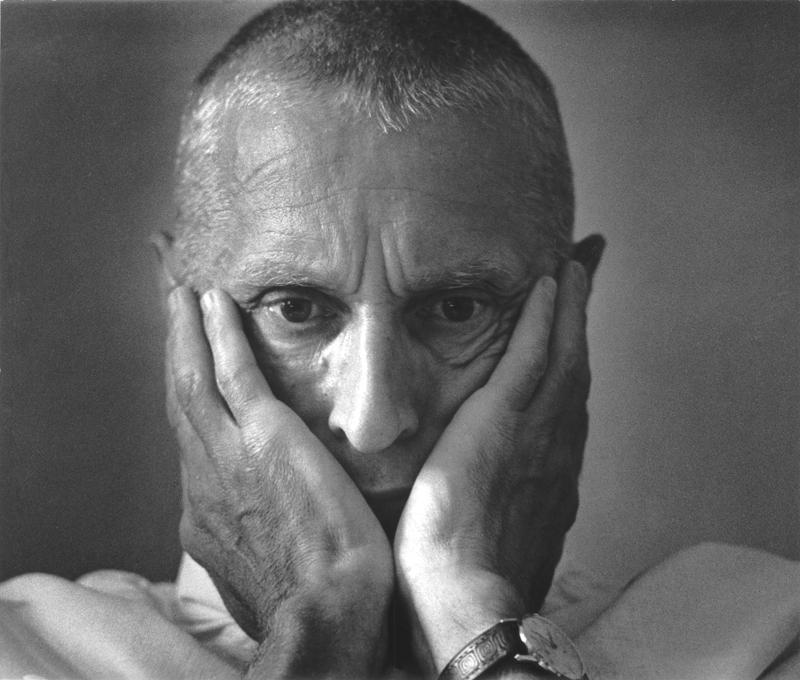 3 Макс Альперт . Из серии «Мысли и сердце. Оперирует хирург Николай Амосов». 1975 год.jpg