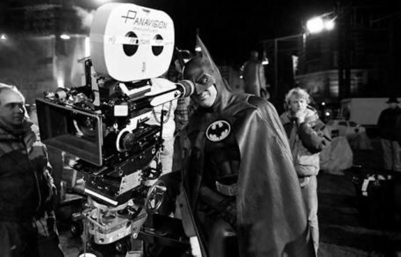Майкл Китон на съемках фильма «Бэтмен».jpg