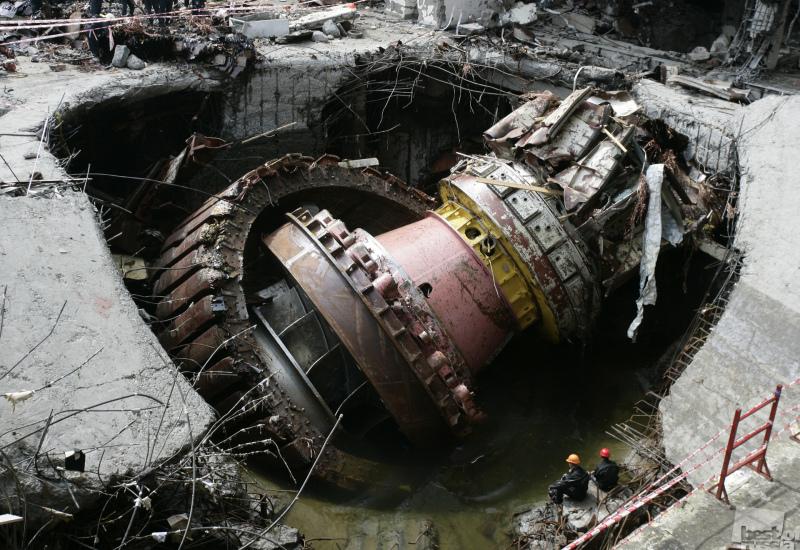 Авария на Саяно-Шушенской ГЭС.jpg