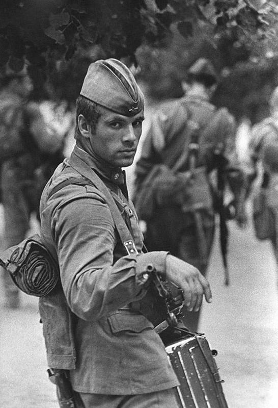 2 Владимир Вяткин «Солдат», 1973 год.jpg