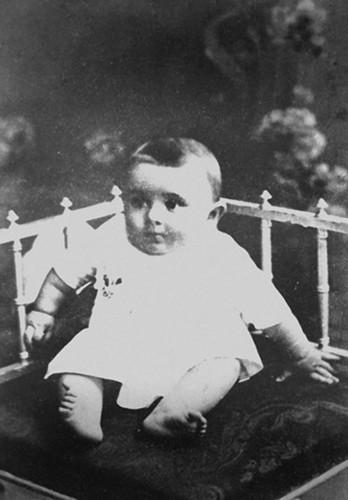 01 Сережа Королев. Первая фотография. г. Житомир, июль 1907 г.jpg
