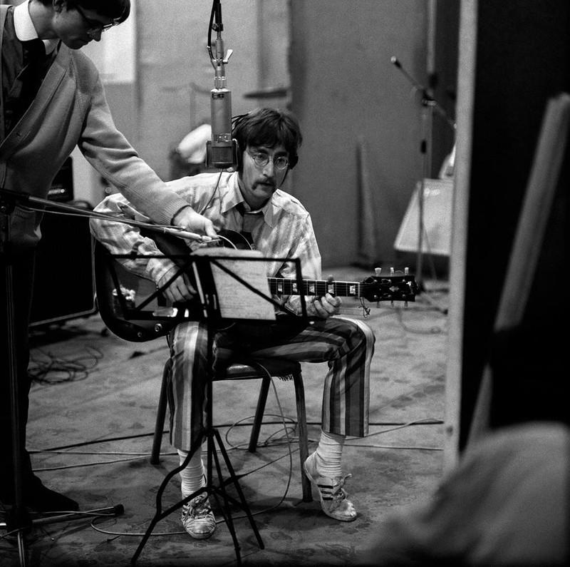 545 Джон Леннон 19 января 1967.jpg