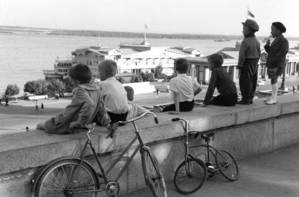 !Мечтатели. Автор Воздвиженский Дмитрий, Свиридова Нина, 1960-e.jpg