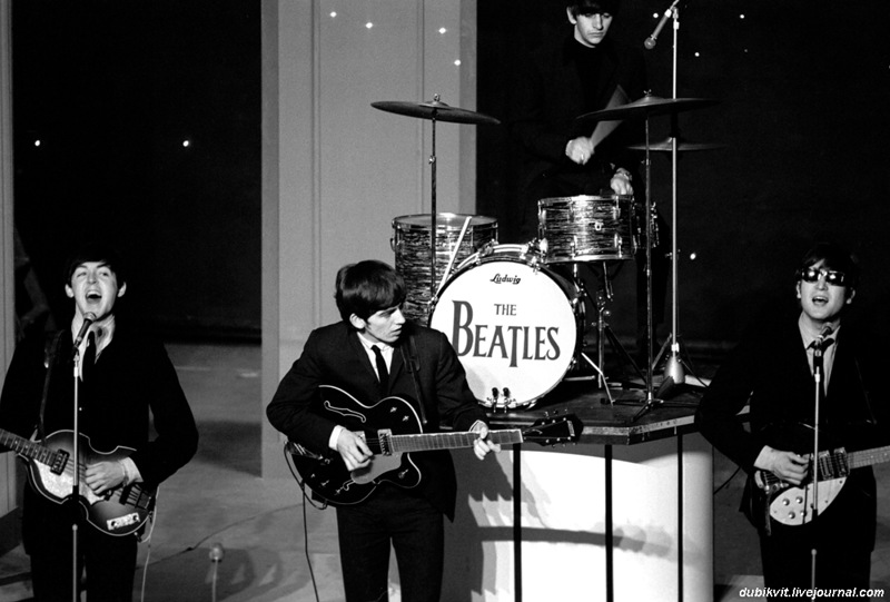 16 The Beatles - UK Tour, 1963.jpg