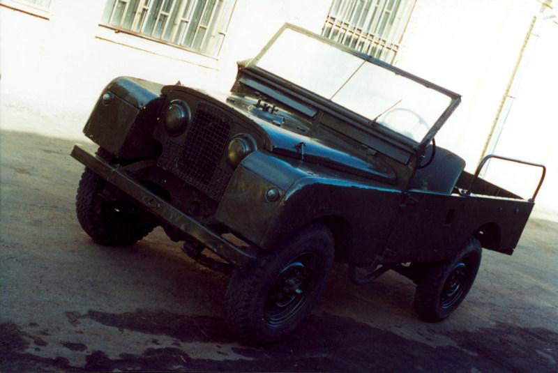 Автомобиль повышенной проходимости Land Rover (1948), Великобритания.jpg