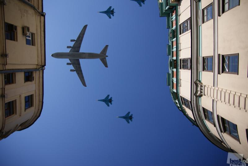 Крылья над Москвой. Автор Александра Шестакова.jpg