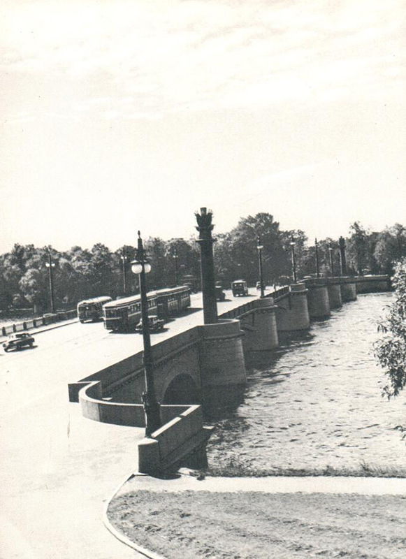 052 Ушаковский мост.jpg