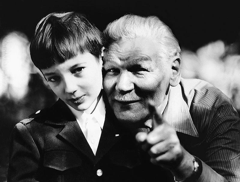 1110 Всеволод Санаев с внуком Пашей.jpg