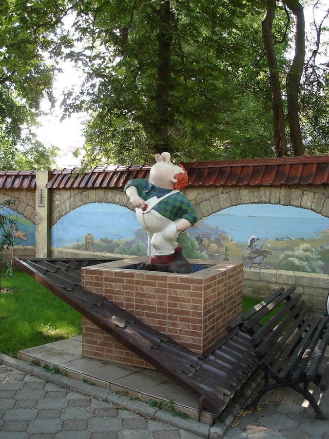 231 Памятник Карлсону в Одессе