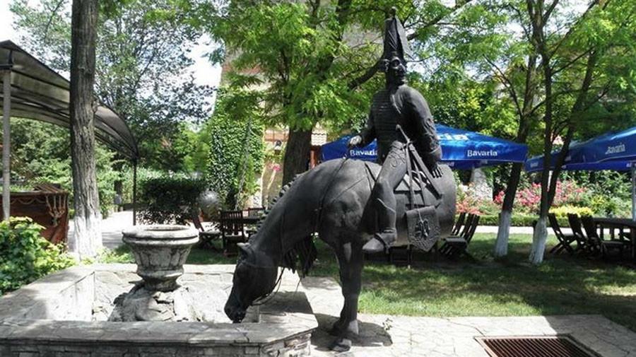 245 памятник барону мюнхгаузену в Одессе